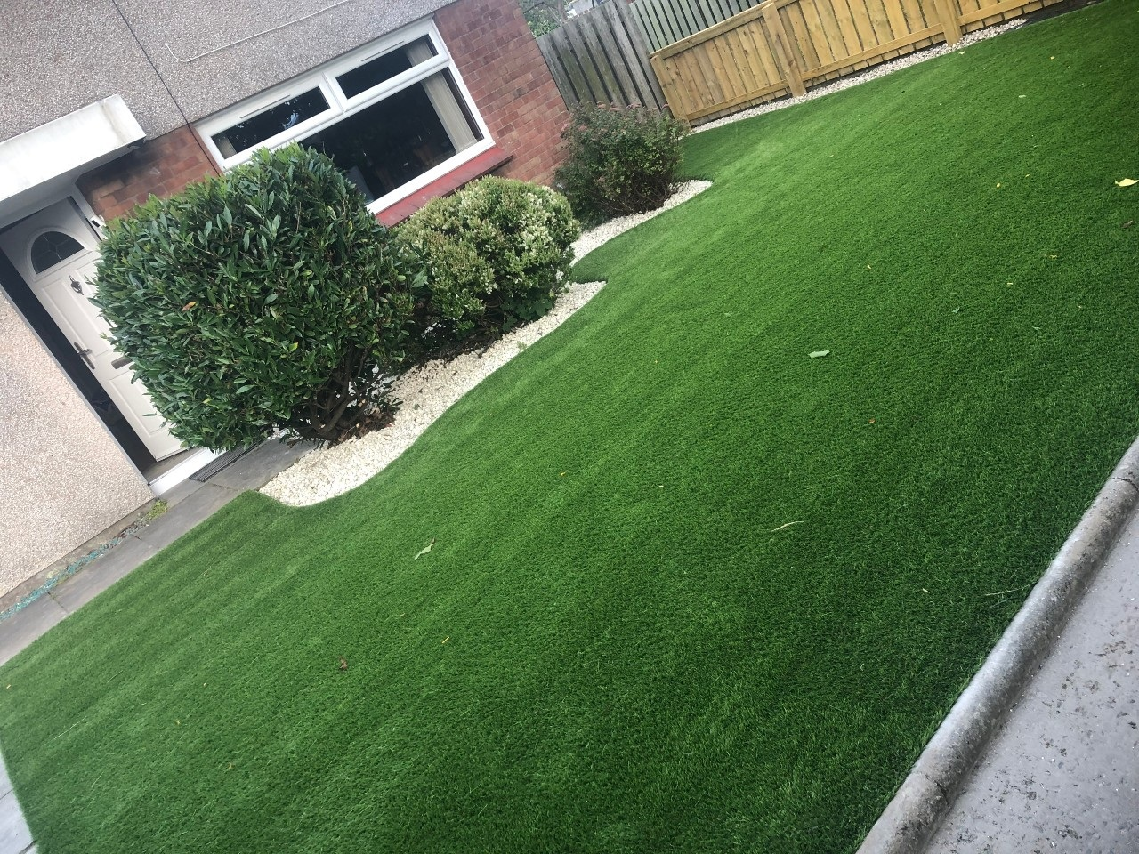 Large-Front-Lawn-1
